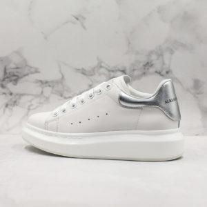 Oversized Sneaker-105